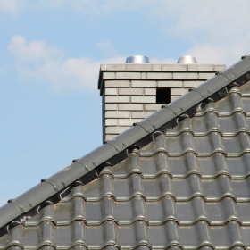 Zalety i zastosowanie dachówki ceramicznej
