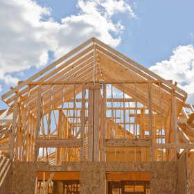 Dlaczego warto zdecydować się na dom z drewna?