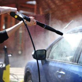 Co warto wiedzieć o woskowaniu samochodu?