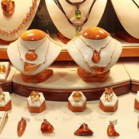 Jaką biżuterię możemy dać na prezent?