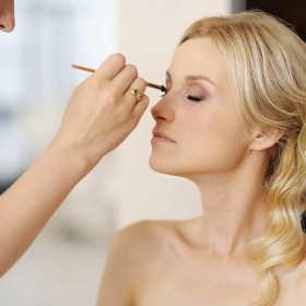 Makijaż ślubny - zadbaj aby był idealny w ten wyjątkowy dzień