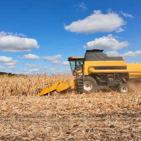 Uszkodzony sprzęt rolniczy – pomogą części zamienne