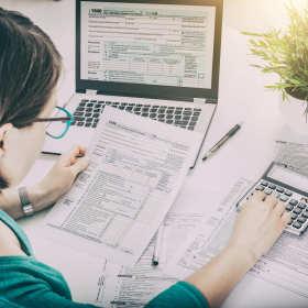 Wady i zalety współpracy z biurem rachunkowym