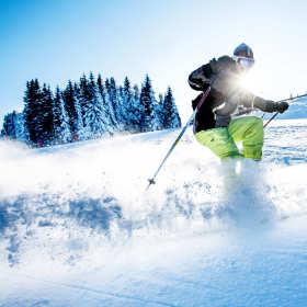 Dlaczego warto jeździć na nartach