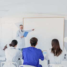 Kursy medyczne – sprawdzony sposób na poszerzenie kwalifikacji