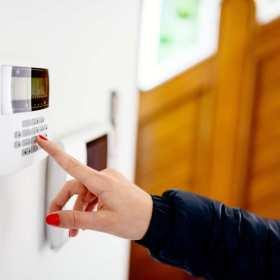 Alarm w domu jednorodzinnym – czy jest potrzebny