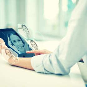 Usprawnij komunikację w firmie – wprowadź wideokonferencje!