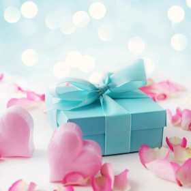 Idealny prezent. Jak zaskoczyć ukochaną osobę?