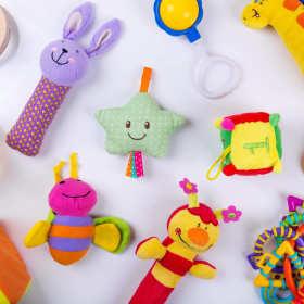 Uczą i bawią – najlepsze zabawki dla maluchów