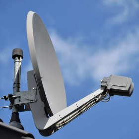 Telewizja satelitarna bez zakłóceń – jak to zrobić?