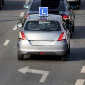 Jak wybrać najlepszą szkołę nauki jazdy?