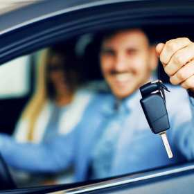 Na co trzeba uważać użytkując auto z wypożyczalni
