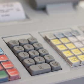 Kasa fiskalna – kiedy jest niezbędna? Jak działa?