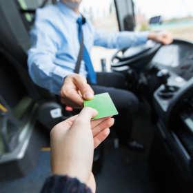 Busem do pracy – wygodny dojazd do Holandii, Niemiec i Belgii