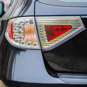Akcesoria samochodowe – gdzie kupić filtr i żarówki, żeby nie przepłacić?
