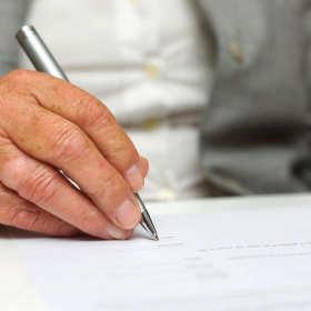 Czy w postępowaniu spadkowym niezbędna jest pomoc adwokata?