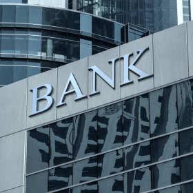 Czym się kierować przy wyborze banku?