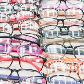 Okulary korekcyjne na każdą pogodę – słońce, deszcze i mrozy