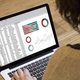 Zalety prowadzenia księgowości online – to rozwiązanie dla zabieganych i nowoczesnych przedsiębiorców