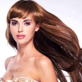 Keratynowe prostowanie — prosty sposób na regenerację włosów