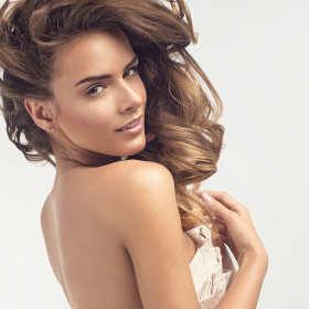 Olejowanie włosów – lśniące i zdrowe włosy od zaraz