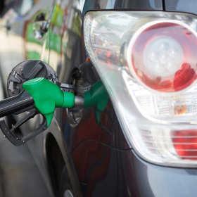 Dowiedz się, jakie rodzaje paliwa znajdziesz na stacjach benzynowych