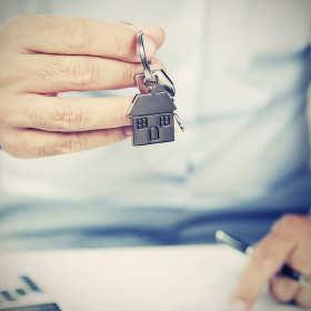 Skąd bierze się rosnąca popularność mieszkań na wynajem?