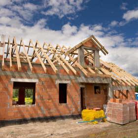 Wszystko, co trzeba wiedzieć o więźbie dachowej przed budową domu