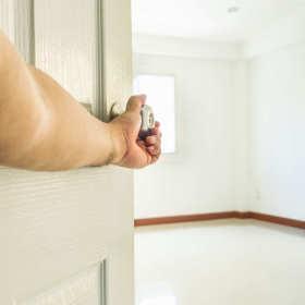 Poradnik wyboru drzwi wewnętrznych do domu