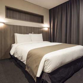 Urządzanie sypialni – jak dobrać odpowiednie meble sypialniane?