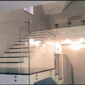 Nowoczesne mieszkanie, czyli szkło w Twoim wnętrzu