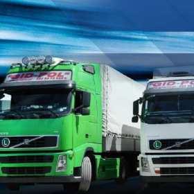 Jak odbywa się przewóz ładunków ponadgabarytowych?