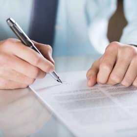 Kiedy skorzystać z usług prawnych kancelarii adwokackich?