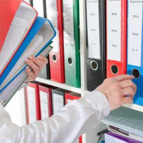 Poznaj pięć artykułów, które powinny znaleźć się w każdym biurze