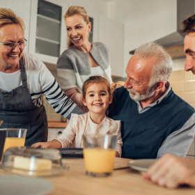 Prezenty na Dzień Babci i Dziadka. Czym obdarować najbliższych?