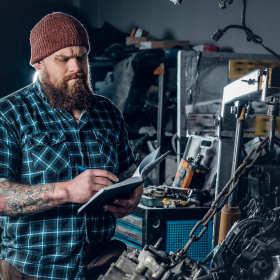 Czym wyróżnia się kompleksowa mechanika pojazdowa?