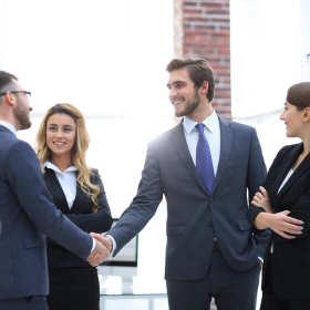 Jak zorganizować udane spotkanie biznesowe?
