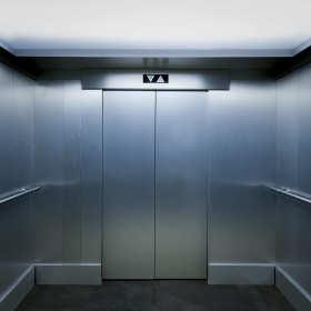 Sprawna i bezpieczna winda dzięki właściwemu serwisowi