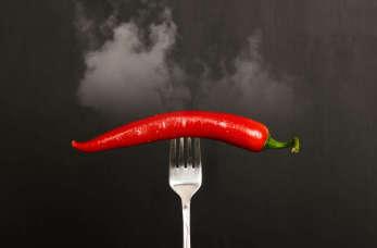 Palący problem, czyli jak rozpoznać i leczyć refluks żołądkowy?