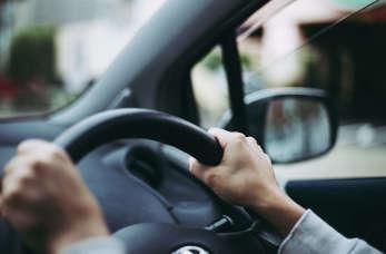 Przyspieszony kurs prawa jazdy dla niecierpliwych