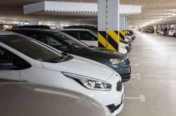 Posadzki dla garaży i parkingów – na jakie rozwiązanie się zdecydować?