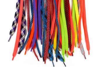 Ciekawe sposoby na sznurowadła – wypróbuj je tej wiosny!