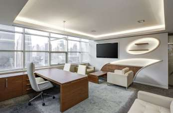 Wygodny fotel podstawą komfortu w biurze