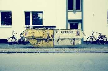 Kiedy warto wypożyczyć kontener na śmieci