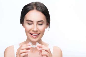 Szyna relaksacyjna – koniec zgrzytania zębami