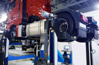 Jak wygląda praca w warsztacie samochodów ciężarowych?