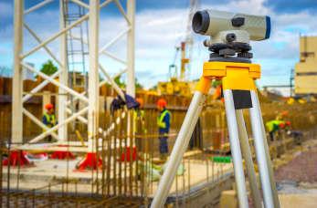 Geodezyjna obsługa inwestycji – co zapewnia specjalista?