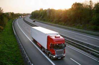 Kluczowe czynniki przy wyborze firmy transportowej