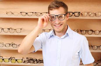 Zadbaj o swój wzrok dzięki usługom zakładu optycznego!