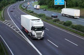 Jak zorganizować transport ADR?
